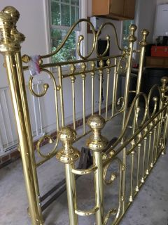 Vintage (real) Brass Bed, circa 1985, Queen size