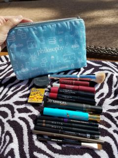 Cosmetic makeup bundle with cute new philosophy makeup bag only asking $8 for all of the above.