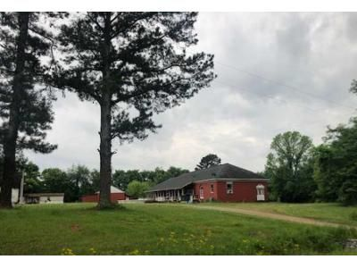 3 Bed 1.5 Bath Foreclosure Property in New Market, AL 35761 - Old Winchester Rd