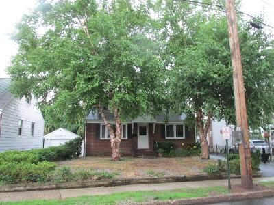 4 Bed 2 Bath Preforeclosure Property in Maywood, NJ 07607 - Spring Valley Rd