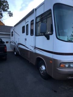 2004 Forest River Georgetown SE M325SSE