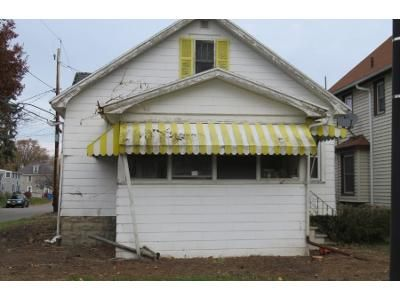 4 Bed 1.0 Bath Preforeclosure Property in Rochester, NY 14612 - Penrose St