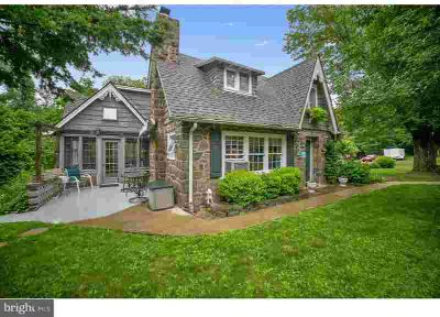 2070 Old Woods Rd Green Lane Four BR, **FIRST TIME OFFERED!!
