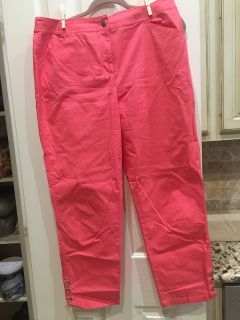 Like new Chico s crop pants Size 1