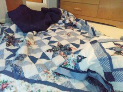 FLORAL QUILT WITH 2 SHAMS- FULL SIZE