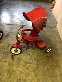 Radio Flyer convertible Stroller/tricycle