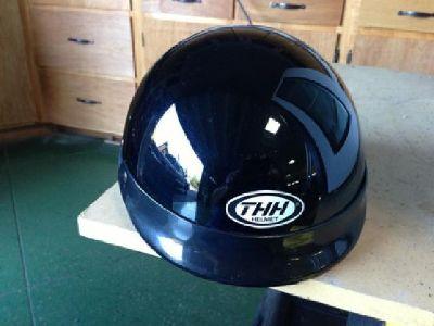$20 OBO Motorcycle helmet THH HALF SHELL
