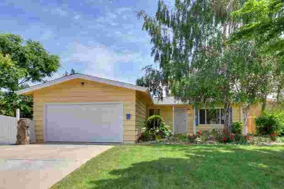 9347 Mark Street ELK GROVE, Location! Location!! Location!!!
