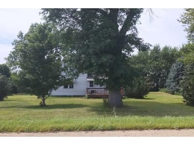 3 Bed 1 Bath Foreclosure Property in Mapleton, MN 56065 - 607th Ave