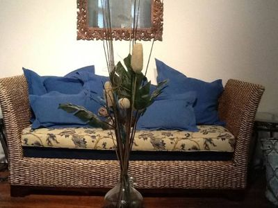 Moving Rattan Sofa Set and much more (shreveport)