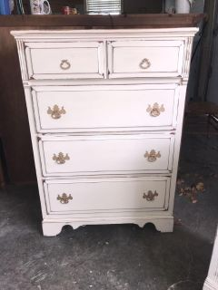 Chest of drawers painted Amy Howard linen