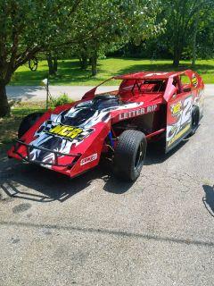 2011 Pierce modified roller