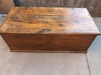 Antique Late 1800's Storage Trunk