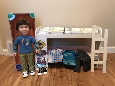 MY LIFE 18 BOY DOLL + EXTRA CLOTHES + BUNK BED