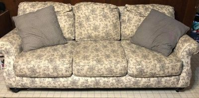 Broyhill Couch for Sale