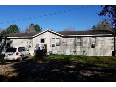 3 Bed 2 Bath Foreclosure Property in Beaumont, TX 77705 - Labelle Rd