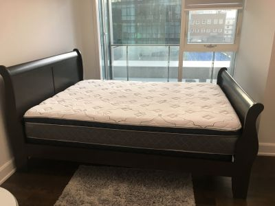 Queen mattress and boxspring $200
