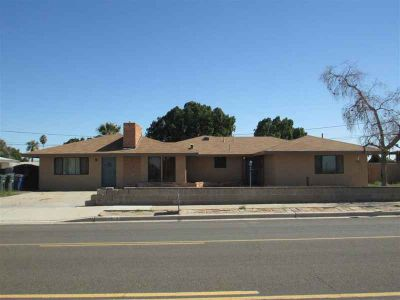 2925 S Ave a Yuma Two BR, Stunning home centrally located with