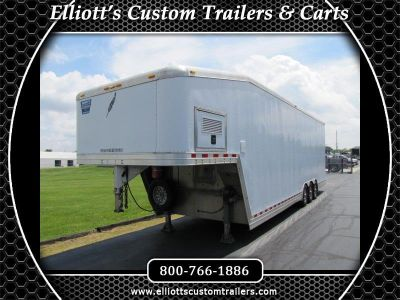 Featherlite Trailers 4940 Gooseneck Dirt Modified Trailer