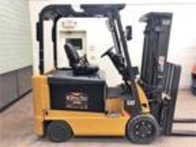 2012 LP Gas Cat E6000 Electric 4 Wheel Sit Down