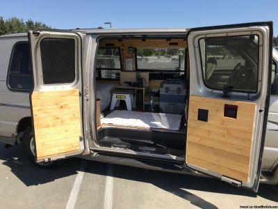 Ford E150 Econoline camper van