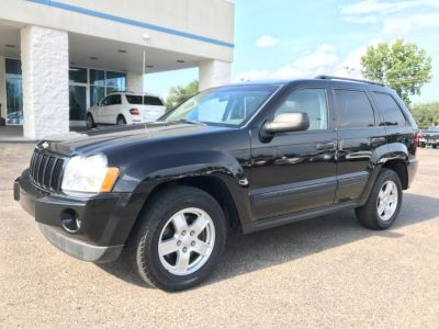 2006 Jeep Grand Cherokee Laredo (Black)