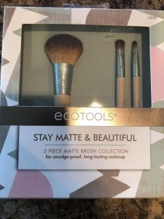 New brushes, only took 2out that I wanted , still new in box ! $14.99 for set I paid