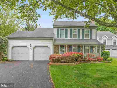 22 Parson Grove CT OLNEY, Welcome to the most charming