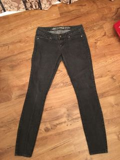 Express jeans- jean leggings Zelda slim fit ultra low rise. In great condition. Worn once. Size 6. Asking $13