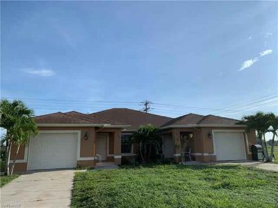 1633 SW 32nd TER Cape Coral Two BR, Very clean Duplex off