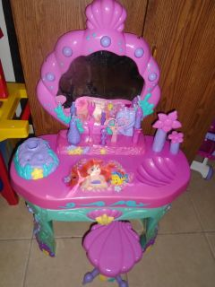 Disney Airel Little Mermaid Vanity, Excellent and clean condition! Holidays are coming!