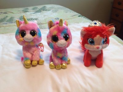 2 Ty Beanie Boo Fantasia and Palace Pet