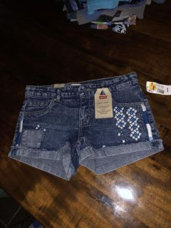 Levittown pick up girls shorts size 16 $3.00 brand new with tags.