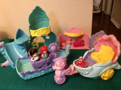 Little Mermaid Castle, Boat, Chariot and accessories. EUC