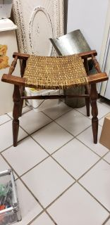 BEAUTIFUL ANTIQUE STOOL 18 1/2 IN ON HIGH END 17 IN H IN MIDDLE