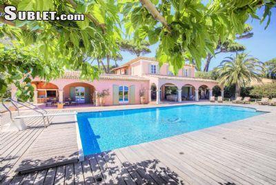 $3200 5 single-family home in Miami Beach
