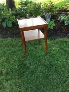 Contemporary End Table / Plant Stand