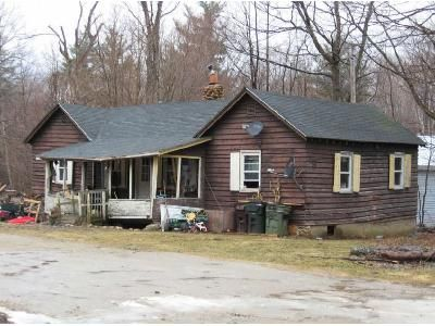 2 Bed 1 Bath Foreclosure Property in Pownal, VT 05261 - Barne Ln