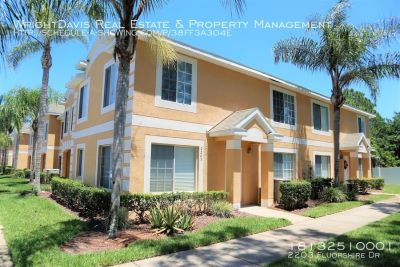 AVAILABLE NOW!!! Lovely 3 bed/2.5 bath townhome in Providence Lakes!!!