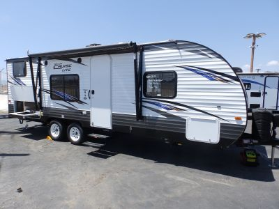 2019 Forest River SALEM 261BHXL, FRONT WALK-AROUND BED, EXTERIOR CAMP KITCHEN, REAR DUAL BUNK BEDS, POWER AWNING, POWER STABILIZER JACKS, SLEEPS 7