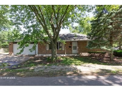 2 Bed 2 Bath Foreclosure Property in Joliet, IL 60433 - 5th Ave