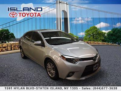 2015 Toyota Corolla L (Classic Silver Metallic)