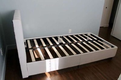 Twin Bed with Dream Bed Mattress