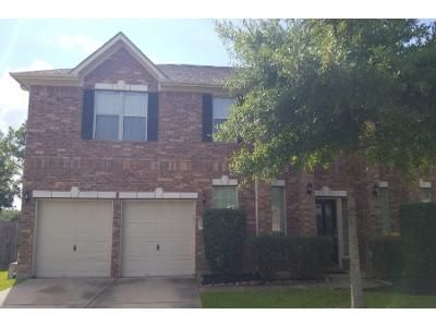 3.5 Bath Preforeclosure Property in Pearland, TX 77584 - Amber Creek Dr