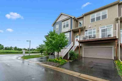 14623 Olivine Way NW RAMSEY Two BR, Well maintained townhome