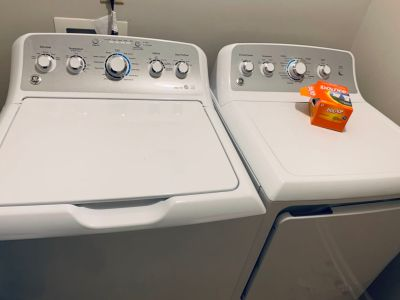 GE TOPLOAD WASHER + DRYER