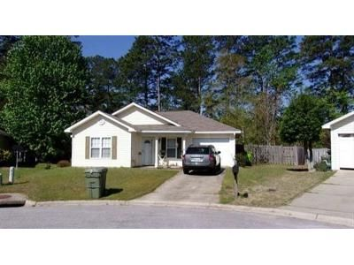 3 Bed 2 Bath Foreclosure Property in Columbia, SC 29209 - S Twin Oaks Way