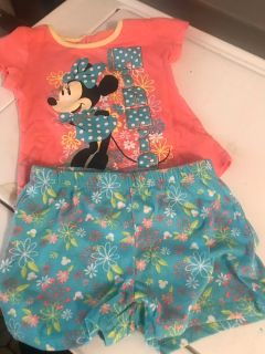 Toddler girl Minnie Mouse short Set Size 6