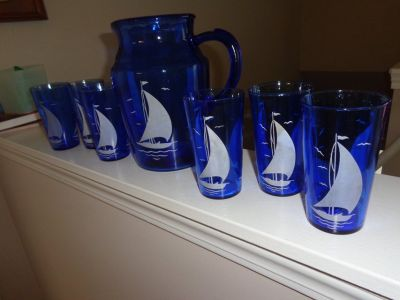 Hazel Atlas Mid Century Sail Boat Pitcher and 6 glasses