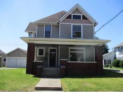 4 Bed 2.1 Bath Foreclosure Property in Anderson, IN 46016 - W 13th St